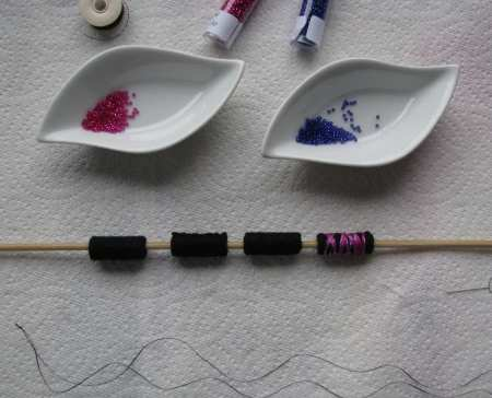 12-rolled-felt-bead-small