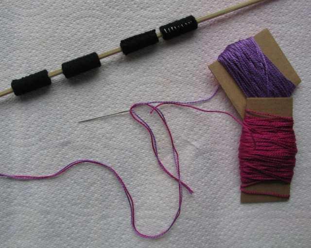 6-rolled-felt-bead-small